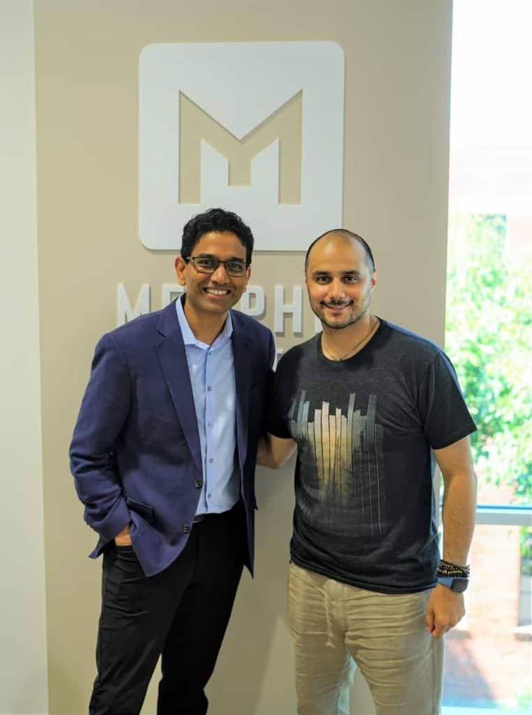 Memphis Meats联合创始人兼首席执行官华勒蒂(左)及卡勒德王子 © KBW Ventures